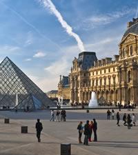 Paris, cidade da luz, do glamour e... do amor