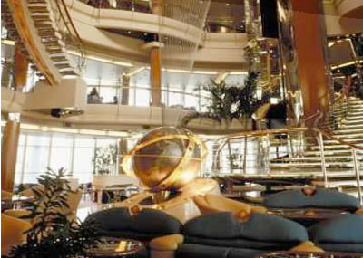 Foto 2 - Vision of the Seas - centro navio 2
