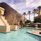 Luxor & Casino