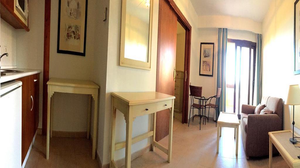 Apartamentos leo jardines de isla canela em canela for Jardines isla canela