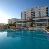 Green Field Aparthotel